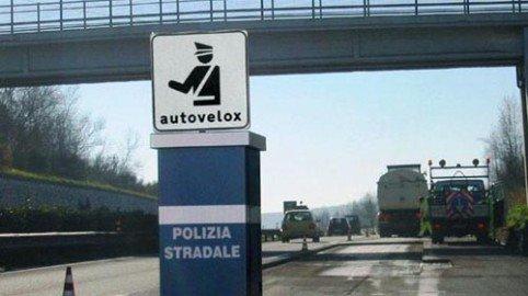 Autovelox sulla superstrada: nulla la multa della polizia municipale
