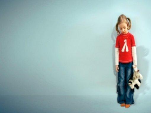 A che età posso lasciare mio figlio solo in casa?
