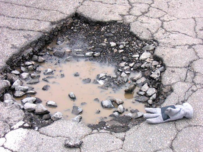 Risarcimento del danno causato da insidie stradali
