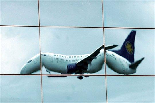 Cancellazione del volo: obbligo di assistenza dei clienti a terra