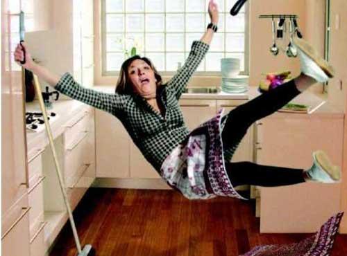 Separazione: la casalinga va mantenuta e non deve cercarsi un lavoro