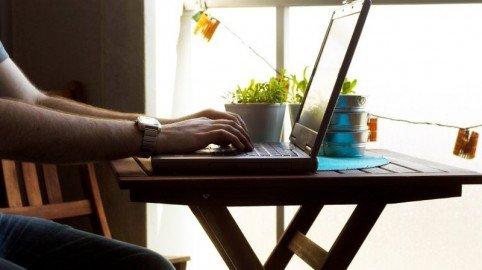 """Crisi del lavoro? La soluzione si chiama """"Telelavoro"""""""