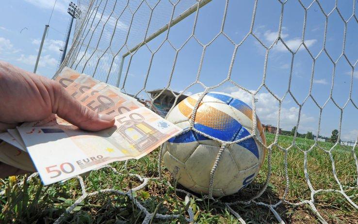 Corruzione nel calcio: non denunciare è illecito