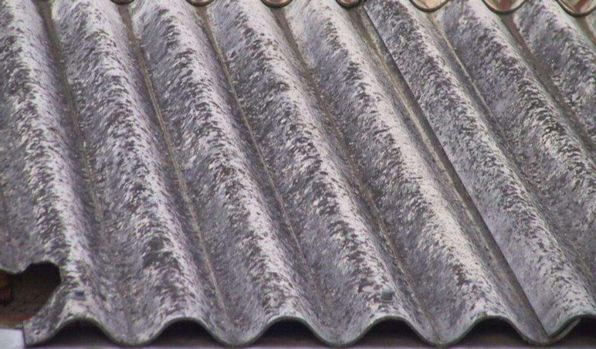 Vecchio Materiale Da Copertura cosa fare se il vicino ha la tettoia in eternit?