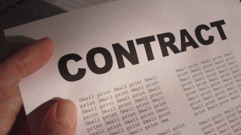 Contratti con la pubblica amministrazione: forma scritta e divieto di rinnovazione tacita