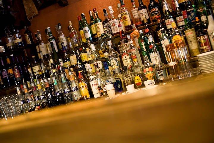 Fattori di rischio di dipendenza da alcool