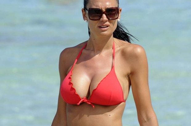 Nicole Minetti: maturata la pensione a soli 27 anni!