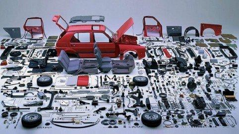 Pezzi di ricambio contraffatti per auto e moto