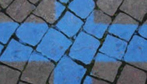Gli ausiliari del traffico possono elevare multe solo su strisce blu