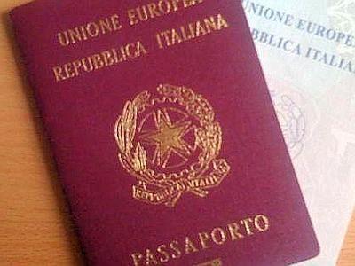 Costi per rinnovo passaporto: chi ci guadagna?