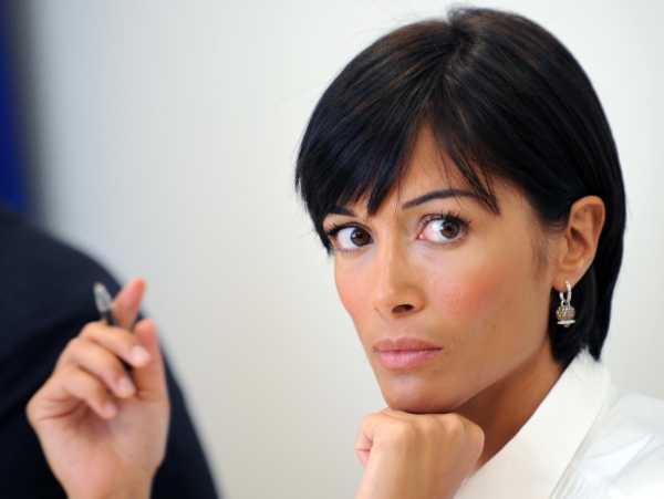 """Dammela a me Carfagna"" è diffamazione: condannata Sabrina Guzzanti"