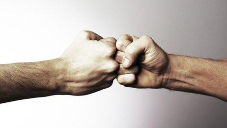 Abbandonare le trattative di un contratto: quando c'è responsabilità?