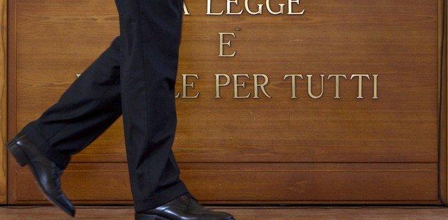 Atto giudiziario civile: esame di avvocato 2012. Tracce e soluzioni