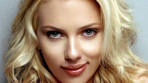 Foto di Scarlett Johansson nuda: anche gli hacker pagano