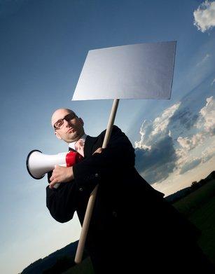 Stipendi non pagati: consigli pratici per il dipendente che vuol fare causa all'azienda