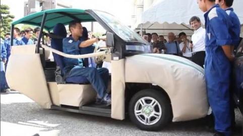 Sinistri stradali: nasce l'auto che salva passeggeri e pedoni