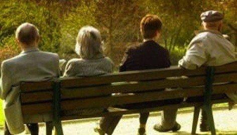 Anziani: chi deve pagare la retta della residenza sanitaria