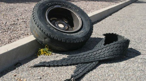 Incidente per ruota persa da un Tir: responsabile la società autostrade