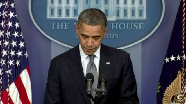 Svolta storica negli USA: Obama firma contro l'uso indiscriminato delle armi