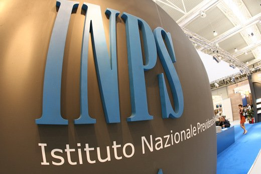 Omesso versamento di ritenute all'INPS sulle retribuzioni: reato anche per piccoli importi