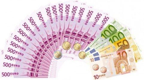 Online gli stipendi dei politici e dei dirigenti pubblici: stop del Garante