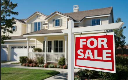 Perché crollano le vendite di immobili: l'italiano non compra più casa
