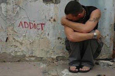 Stupefacenti: l'uso personale, il consumo di gruppo e le sanzioni