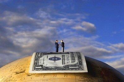 L'Amministratore di Unicredit: Giusto confiscare i risparmi degli italiani