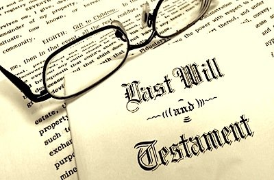Testamento olografo nullo se la firma è sulla busta e non sul documento