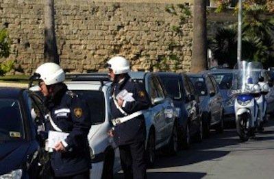 Parcheggi a pagamento: la multa per grattino scaduto è inesistente!