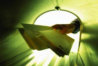Equitalia può notificare la cartella esattoriale a mezzo posta