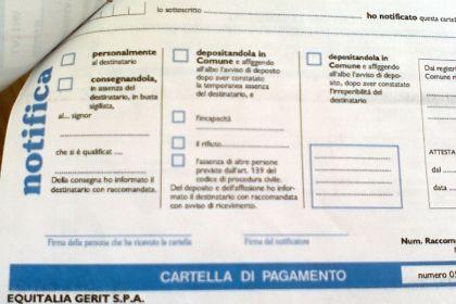 Cartelle Equitalia: tutte nulle le notifiche a mezzo posta dai dipendenti?
