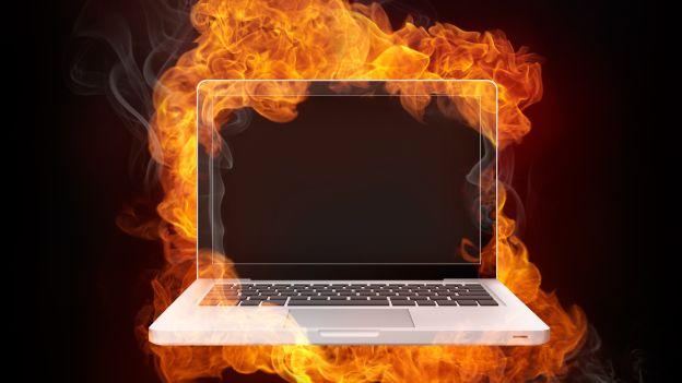 Più tutela contro le persecuzioni Internet, posta elettronica e Facebook