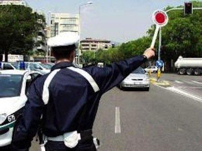 Gli ausiliari del traffico: poteri e limiti
