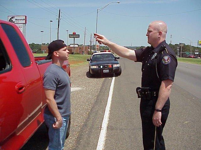 Alcoltest nullo se non si invita l'automobilista a farsi assistere dall'avvocato
