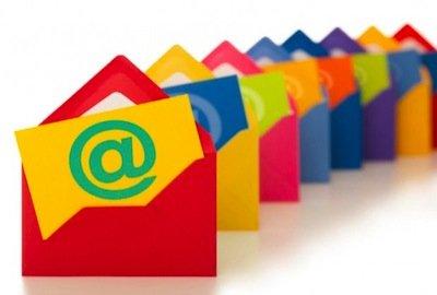 Avvocato che si propone per email o internet: deontologia violata