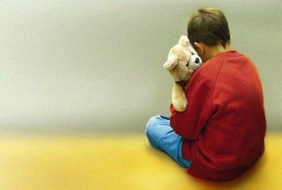 Il vaccino MPR trivalente contro il morbillo causa l'autismo nei bambini?