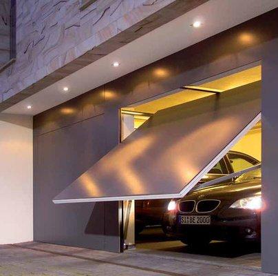 Bloccare l 39 auto all 39 ingresso del garage reato di for Appoggiarsi all aggiunta del garage