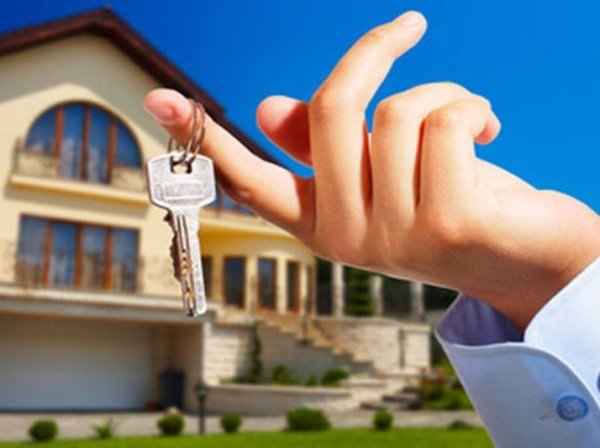 Casa intestata ai figli: provvigione dell'agente immobiliare
