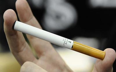 Sigaretta elettronica vietata ai minori di 18 anni