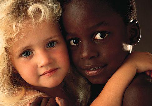 """""""Sporco negro"""": aggravante automatica per l'offesa razzista"""