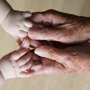 Mantenimento dei bambini dopo la separazione: se i nonni hanno un reddito più elevato dei genitori
