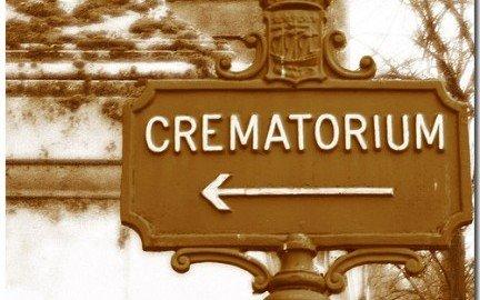 Tumulazione o cremazione: chi decide? Cosa dice la legge