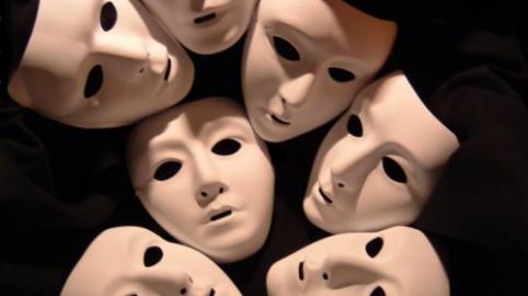 Scoprire le bugie: il linguaggio del corpo non mente mai?
