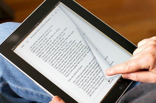 10 regole su come pubblicare un e-book gratis e da sé