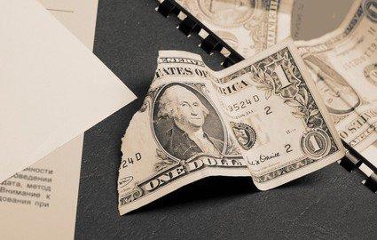Attenzione ai prestiti tra familiari necessario - Nascondere soldi in casa ...