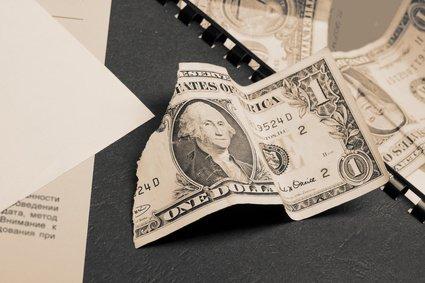 Attenzione ai prestiti tra familiari necessario giustificare all 39 agenzia delle entrate il denaro - Dove nascondere i soldi in casa ...