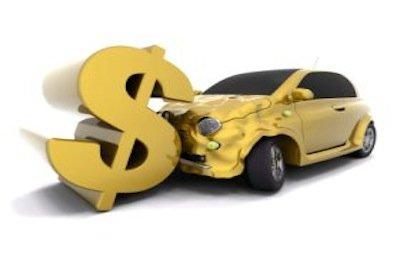Nella RC auto obbligatoria l'assicurazione per danni al conducente non è necessaria