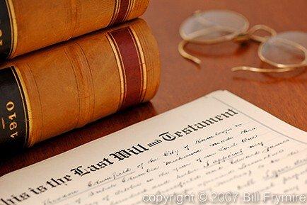 Testamento della coppia sposata senza figli: lasciare tutto al coniuge?