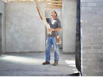 Condominio: si può sopraelevare il tetto senza l'assemblea